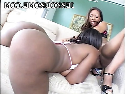 Skyy Black and Ayana Angel hot ebony threesome