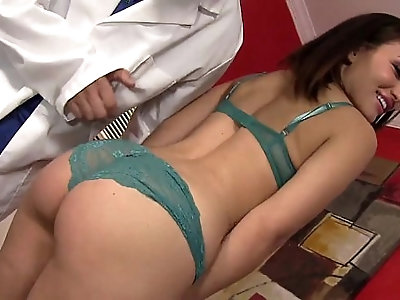 Beautiful Gabriella Paltrova Blows Her Doctor HD