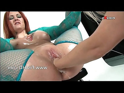 Dirty tallulah tease toyed and fisted by kaz b
