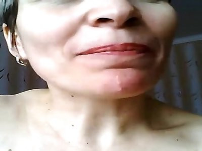 Wet gaping pussy of mature Housewife Natasja