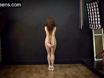 Teen hot flexible model