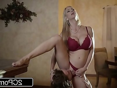 Shocking Christmas Sex Between Gorgeous Stepmom Alexis Fawx and Her Stepson