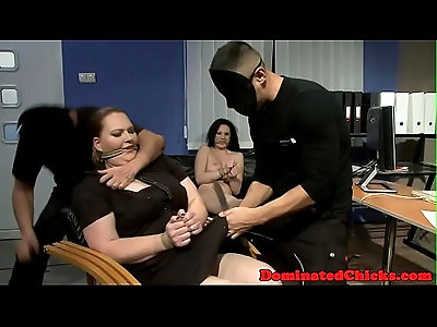 Chubby beauties dominated in the office