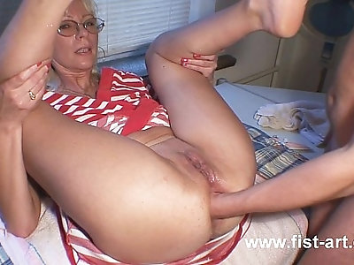 Fisting in red